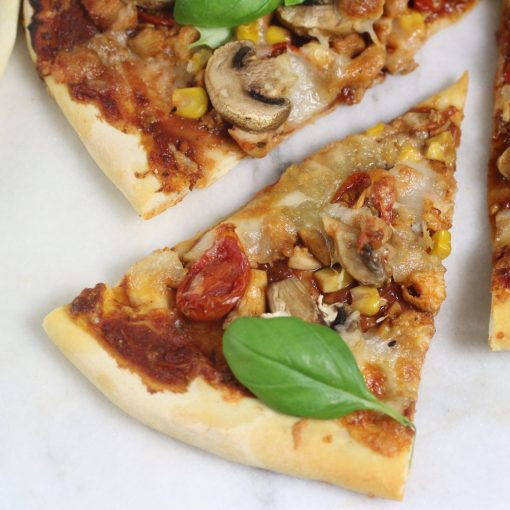 recept pizzadeeg recept pizza in de oven recept italiaanse pizza recept echte italiaanse pizza recept dunne pizza bodem pizzadeeg pizza recept pizza op een pizzasteen pizza maken pizza in de oven pizza bodem pizza bakken pizza oven pizza italiaanse pizza maken italiaanse pizza dunne pizzabodem dunne pizza bodem maken