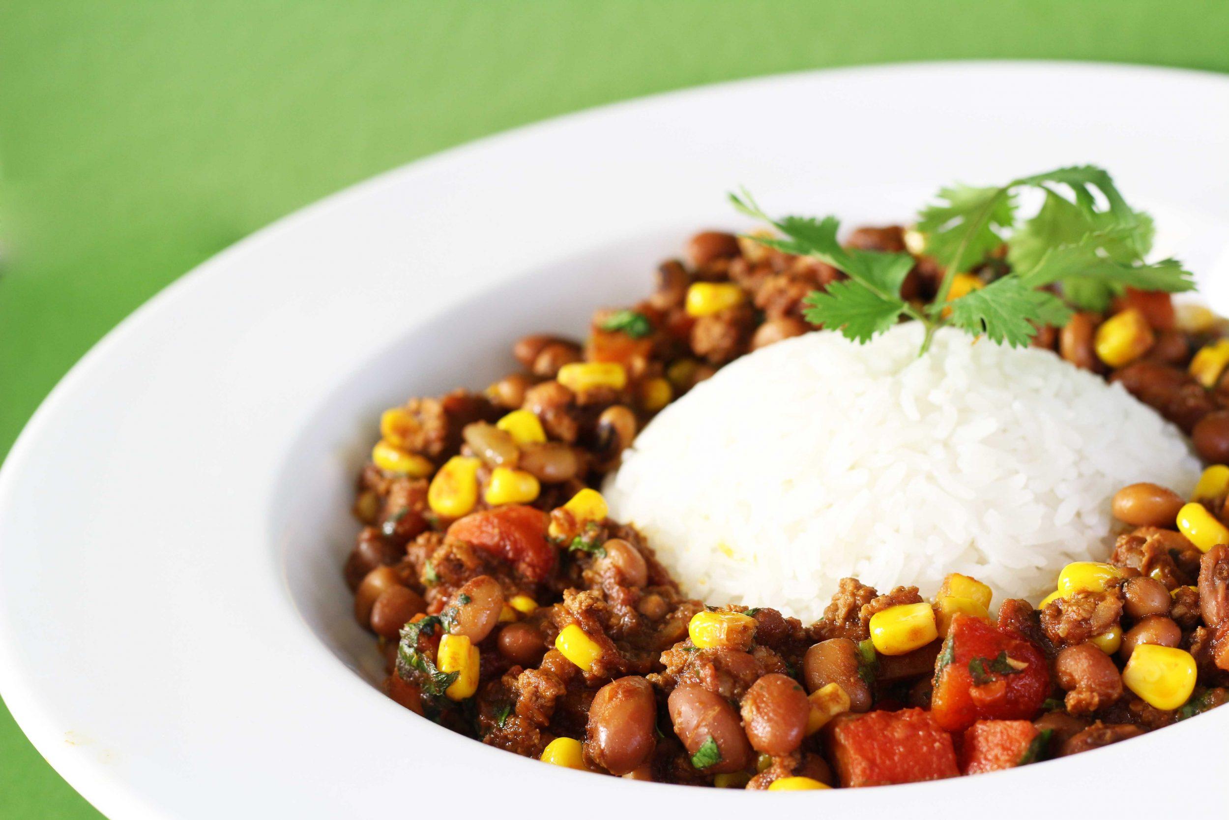 Chili con carne recept. Bonen met rijst