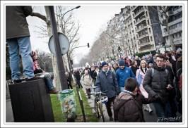Un peu après 15h, entre porte Dauphine et Trocadéro. La tête du cortège a passé le Troca, la queue n'est pas encore porte Dauphine.
