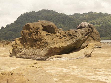 Batu Buaya, Santubong