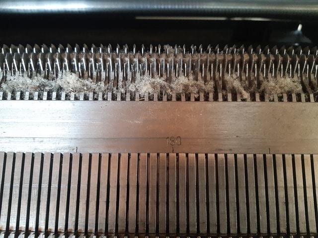 fronture machien à tricoter