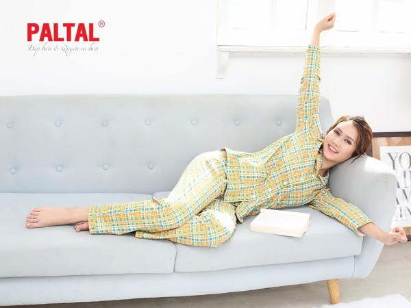 Pijama caro kẻ sọc