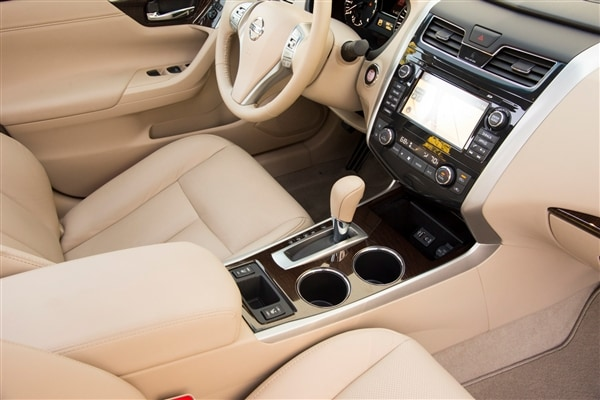 12 Best Family Cars 2014 Nissan Altima Kelley Blue Book