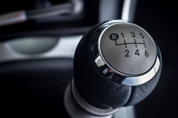manual car shift knob