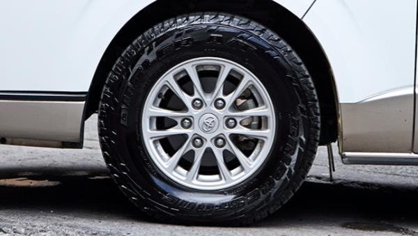 Toyota Hiace 2017 wheel
