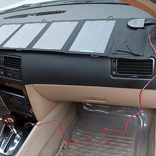 Solar panel on the dashbooard
