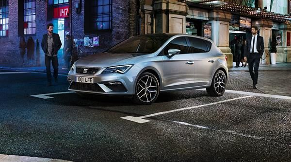 The Seat Leon 2013 angular front - one of the most fuel-efficient used diesel cars
