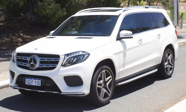 Angular front of the Mercedes-Benz GLS-Class