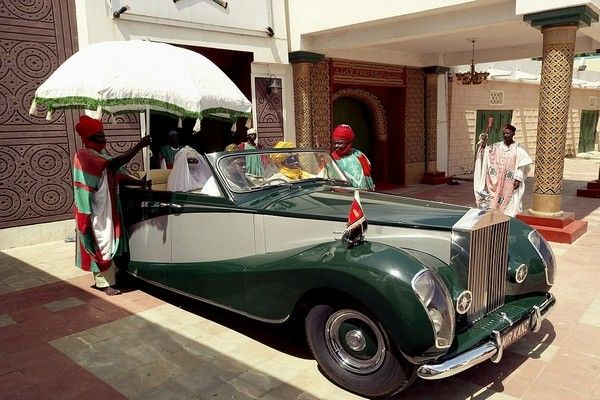 Emir-of-Kano's-1952 Rolls-Royce Silver Wraith