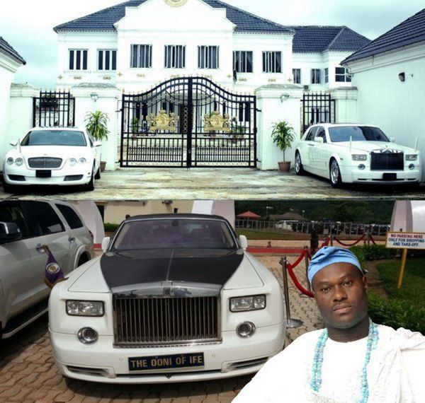 Palace-and-car-of-the-Ooni-of-Ife
