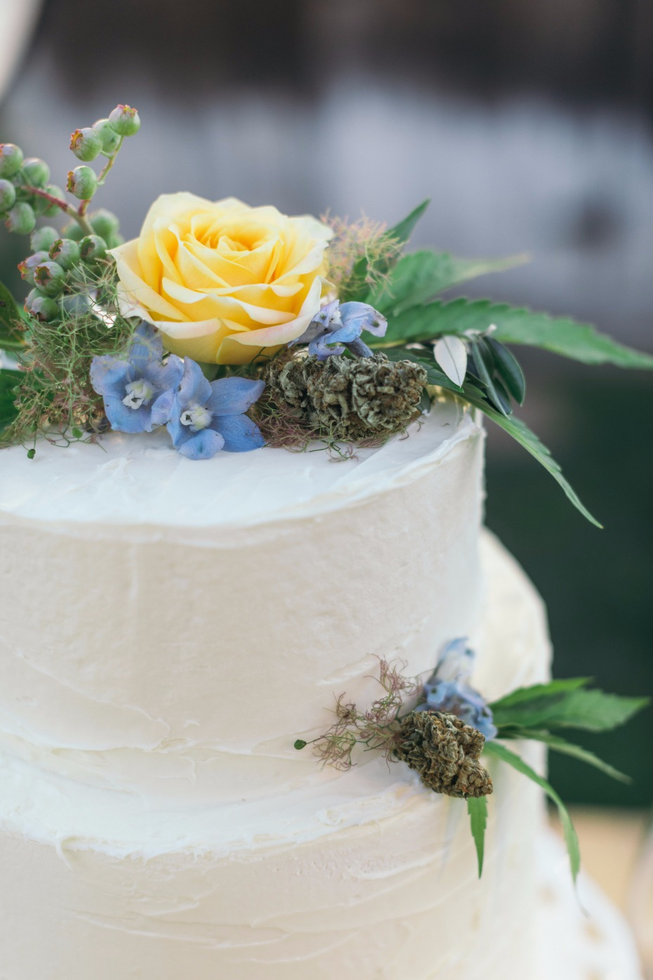 9 Classy Ways To Infuse Cannabis Into Your Wedding