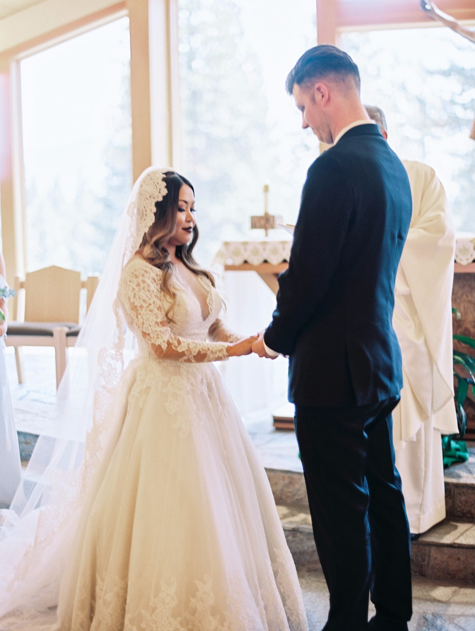 What A Romantic Destination Wedding In Lake Tahoe Is All About