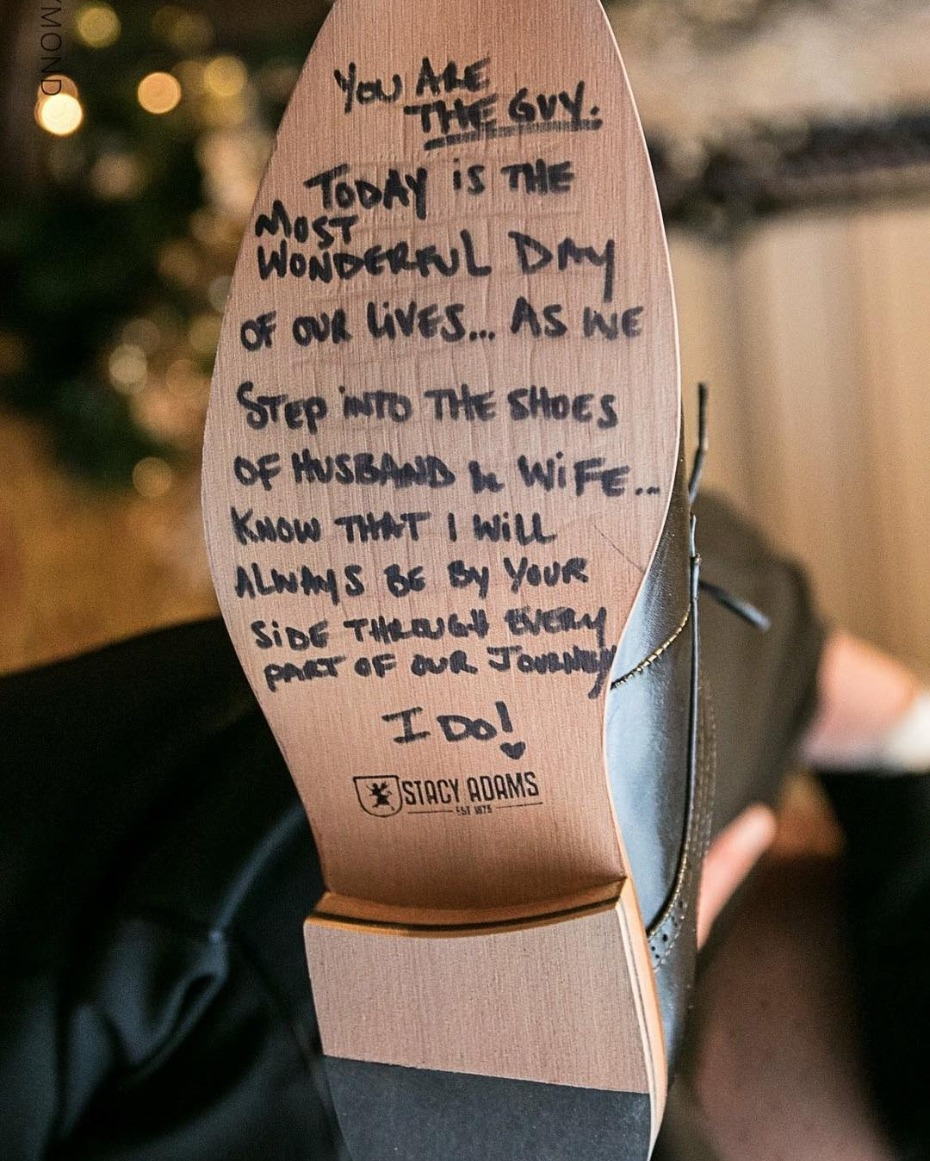 picture Slippers Gift Message write on the bottom of your s o s shoes