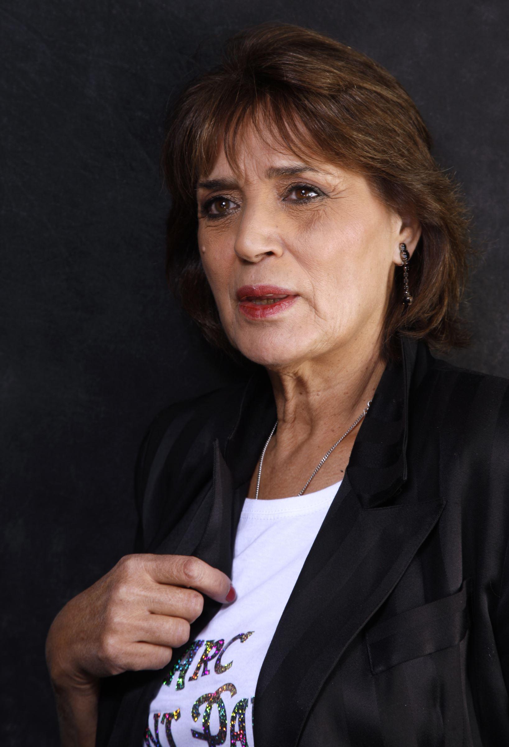 Que Devient Linda De Suza : devient, linda, Linda, Révèle, Avoir, Tenté, Suicider, Cause..., Closer
