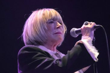 Marianne Faithfull : touchée par le Covid-19, la chanteuse fait une terrible révélation