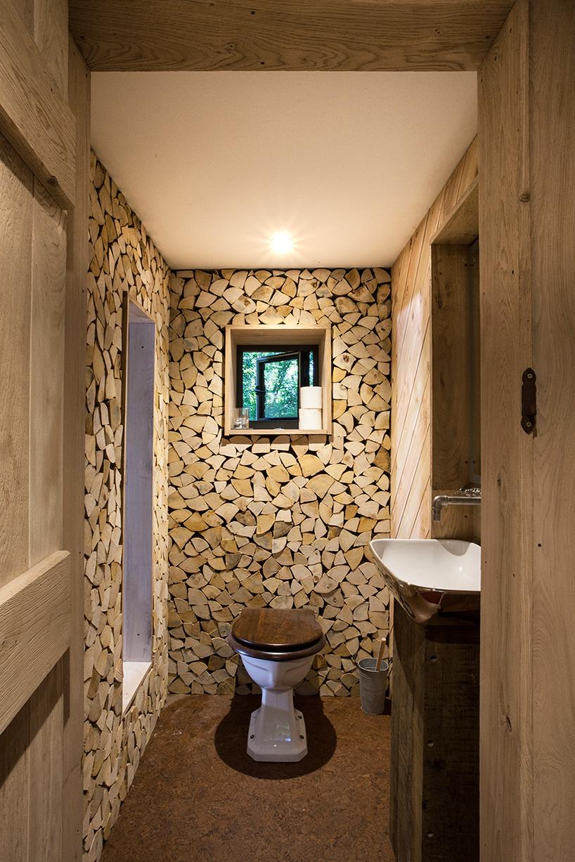Nhà vệ sinh sang trọng