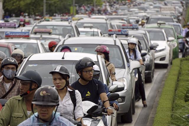 ùn tắc giao thông