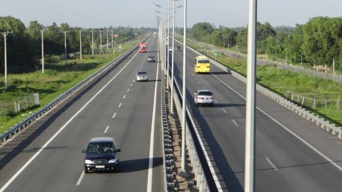 Nhà đầu tư Hong Kong muốn rót vốn vào dự án cao tốc Bắc - Nam