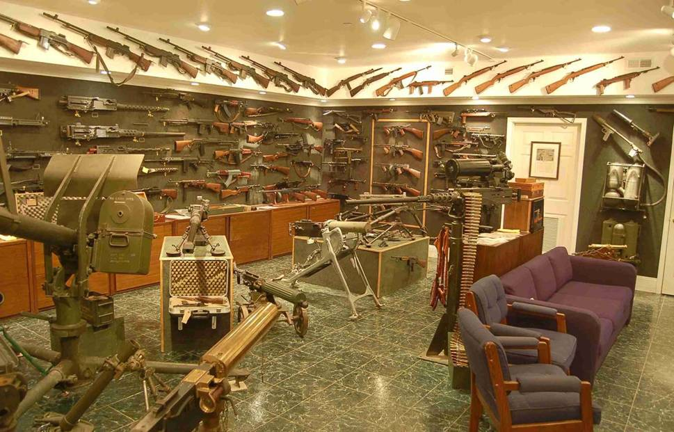 Charleton Hestons basement vault photos page 1