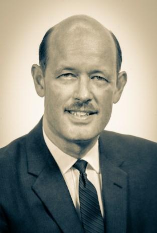 O pastor James J. Aitken (1915-2001) era um homem jovem – 43 anos –, entusiasta e agradável, que presidiu a Divisão no período de junho de 1958 a junho de 1966.