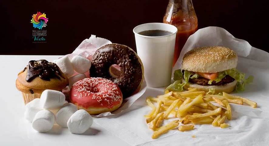 La comida chatarra cuesta miles de vidas