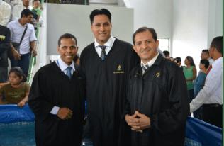 Pastores listos para los bautismos