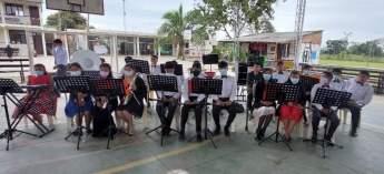 Alumnos UEA Ivirgarzama