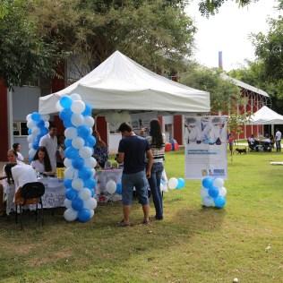 Feira realizada na Universidade Doctum em Teófilo Otoni