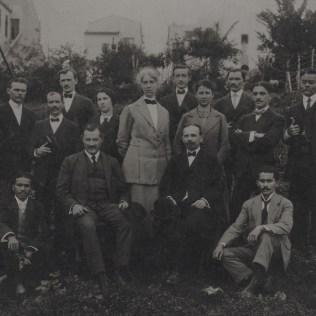 Lipke e alguns obreiros em São Paulo. O pioneiro nasceu na Alemanha, mas trabalhou no Brasil por muito tempo e estudou nos Estados Unidos.