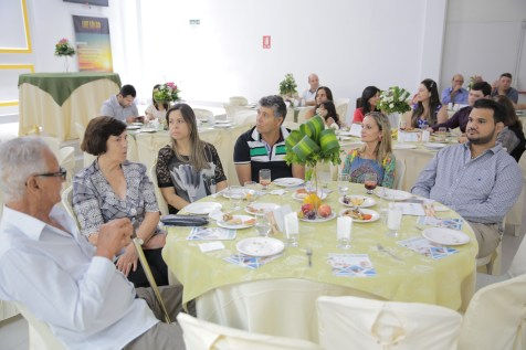 Um lanche nutritivo foi preparado para a comunidade que foi assistir a inauguração.