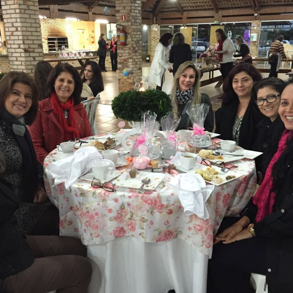 Chá foi organizado pela IASD Central