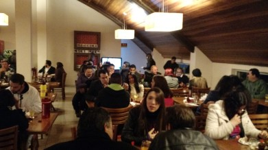 Jantar do Dia dos Namorados foi realizado em uma padaria em Arapongas