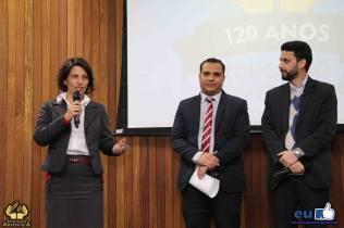 Diretora da Educação Adventista no norte do Paraná, Gislaine Fortes Araujo; vice-diretor do colégio de Maringá, Flavio Henrique Satim; e o diretor do colégio, Alexandre Araujo