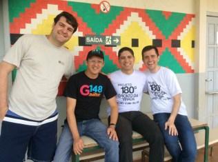 Líder da ADRA Paraná (esq.), coordenador de jovens da ASP (2ºesq.), pastor do distrito (centro), servidor da ASP (dir.)
