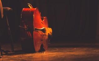 Orquestra conta com dezenas de instrumentos.