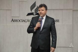 Pastor Paulo Bravo ministrou a reflexão bíblica da noite.