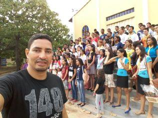 Pausa para uma selfie com os jovens do Aureny IV, em Palmas (foto: Comunicação Iasd Aureny IV)