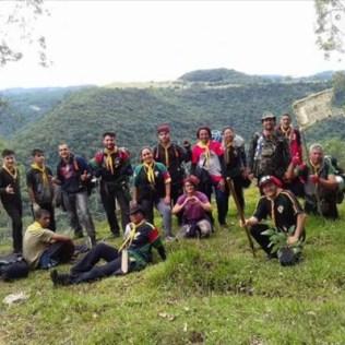 Espírito de união e colaboração foi o que manteve o grupo de mais de 200 pessoas animado até a conclusão do percurso.