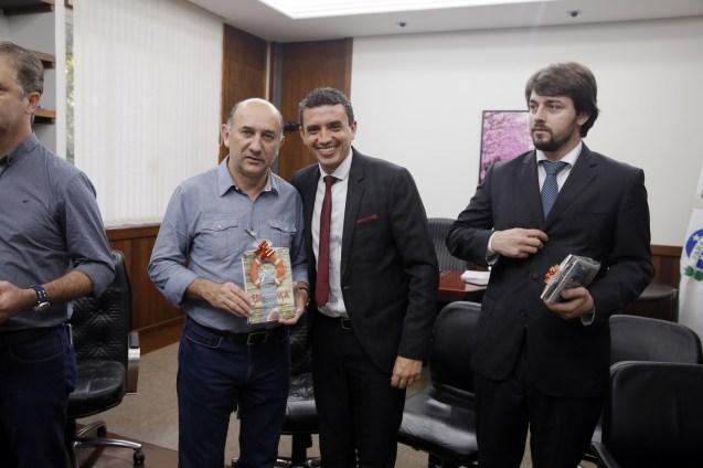 Encontro com o prefeito Ulisses Maia