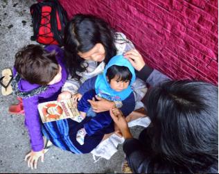 Moradores de rua foram beneficiados com a campanha.