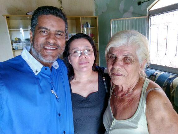 Ferreira, sua esposa Maria José e Nerly na visita de sábado.