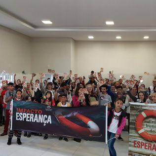 Fiéis engajados no Impacto Esperança no município de Três Barras (SC).
