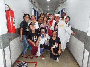 A trupe em visita a Hospital de Volta Redonda.