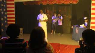 Alunos fizeram apresentações sobre cultura, política e economia dos países