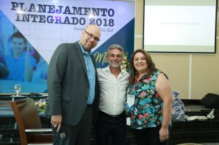 Prof. Renato Domingues, prof. Rogério Sorvique e prof. Keila Bezer. (esq. para dir.)