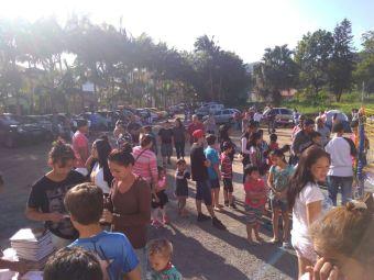 Dezenas de pessoas foram à Igreja Adventista