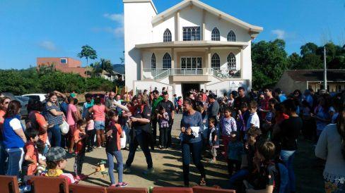 Centenas de moradores foram à Igreja Adventista