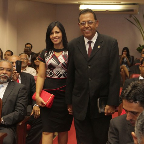 Pastor Gildásio e esposa