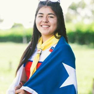 "Garota ""veste""bandeira do Chile (Foto: Ellen Lopes)"