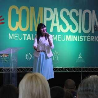 Compassion 2016 contou com a presença da cantora Melissa Barcelos